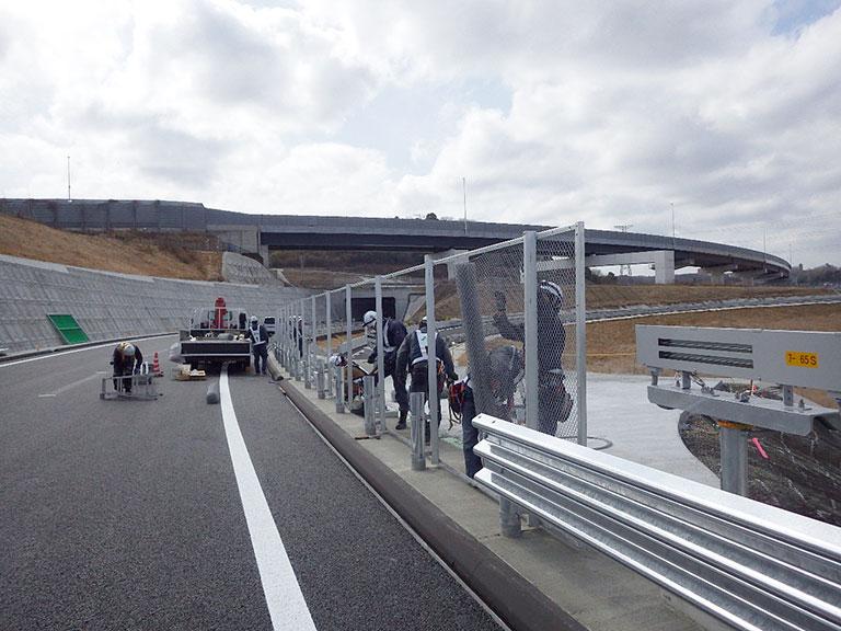 【東京】新名神高速道路 神戸舗装工事